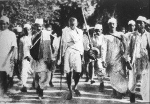 Gandhi-Leading-the-Salt-March,-1930